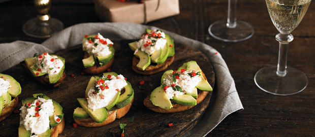 Great Party Canapés: Crab and Avocado Crostini